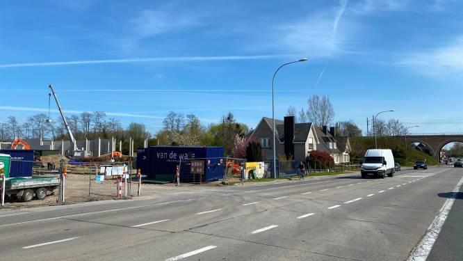 Bouw nieuw bedrijventerrein Exit18 met 15 units en  kantorencomplex langs Oudenaardsesteenweg op schema