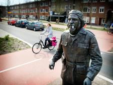 PVV: Waar blijft het informatiebordje bij beeld van moordenaar en mensrechtenschender?