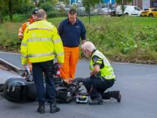 Scooterrijder zwaargewond na aanrijding met busje in Schiedam