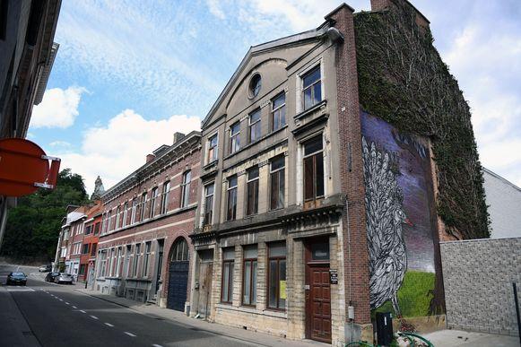 Dit herenhuis in de Mechelsestraat krijgt een restauratie en wordt onderverdeeld in vier wooneenheden.