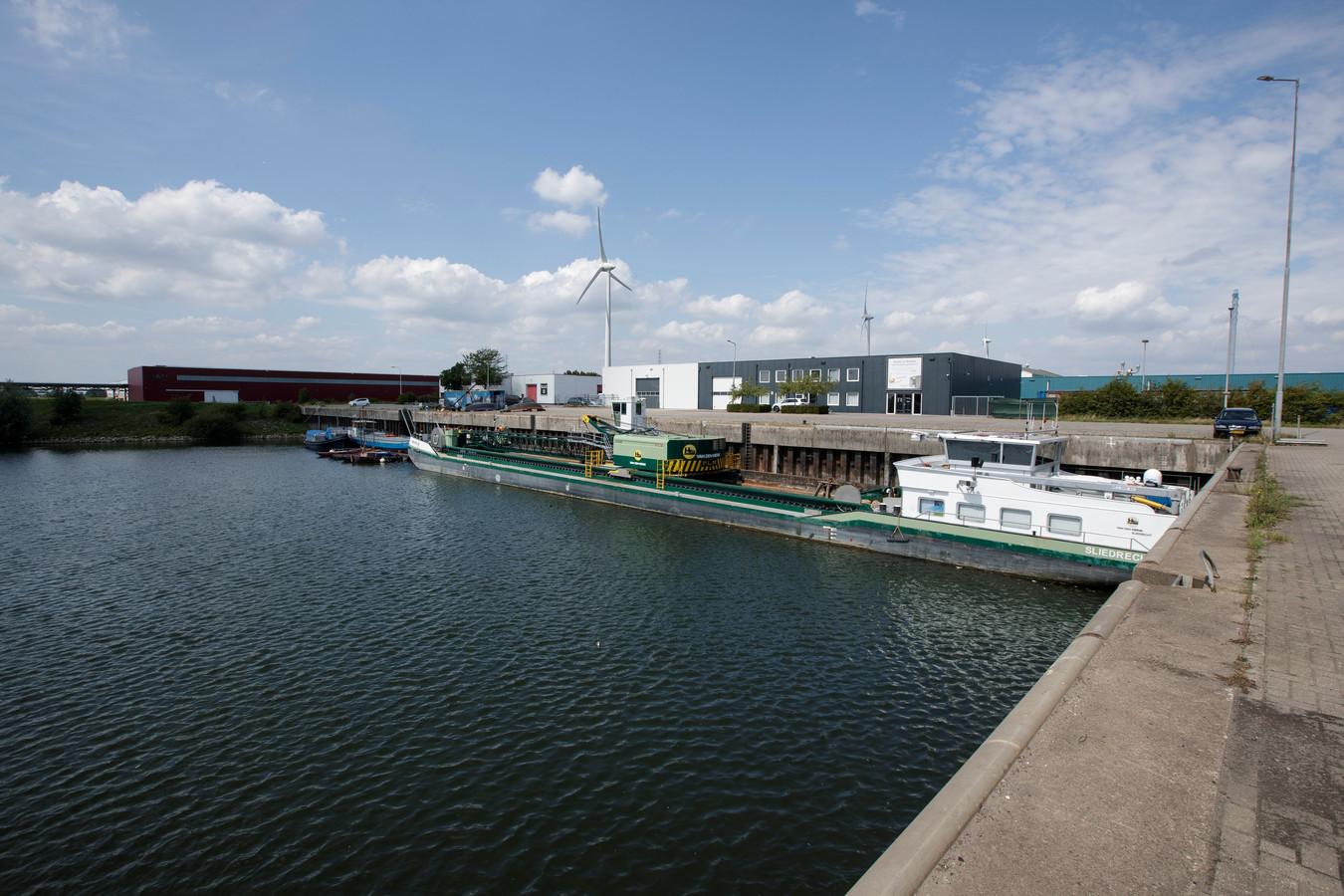 De Industriehaven in Zutphen.