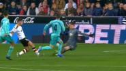 LIVE. Wat een slotfase: Courtois, mee opgerukt bij corner, is er dichtbij en ziet Benzema scoren