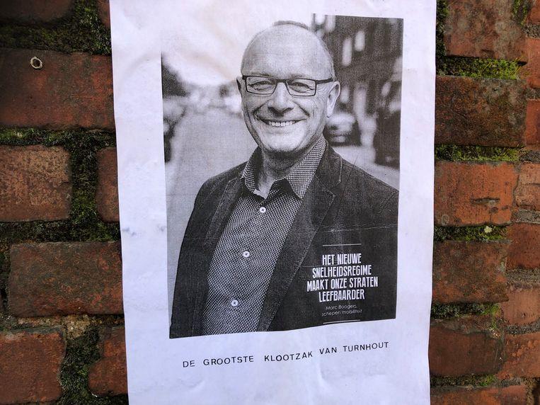 De affiche met de haatboodschap voor Marc Boogers.