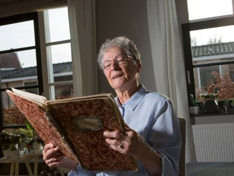 86-jarige Adrie denkt terug aan hongerwinter: 'We hadden niets te klagen'