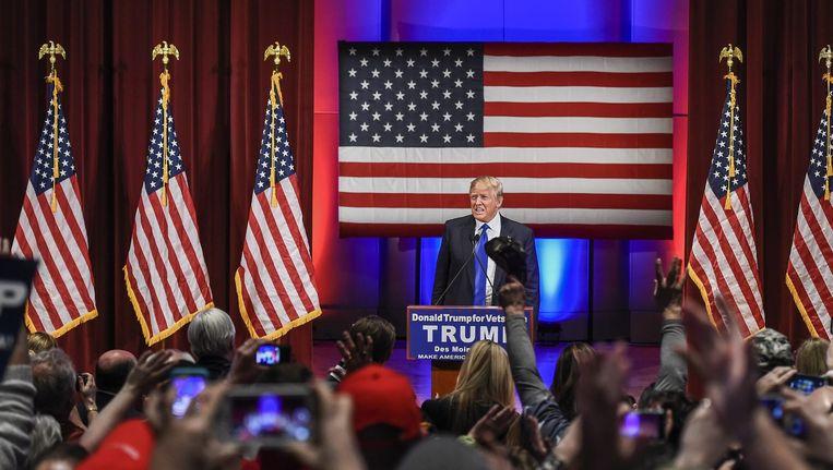 Donald Trump bij zijn campagnebijeenkomst. Beeld epa