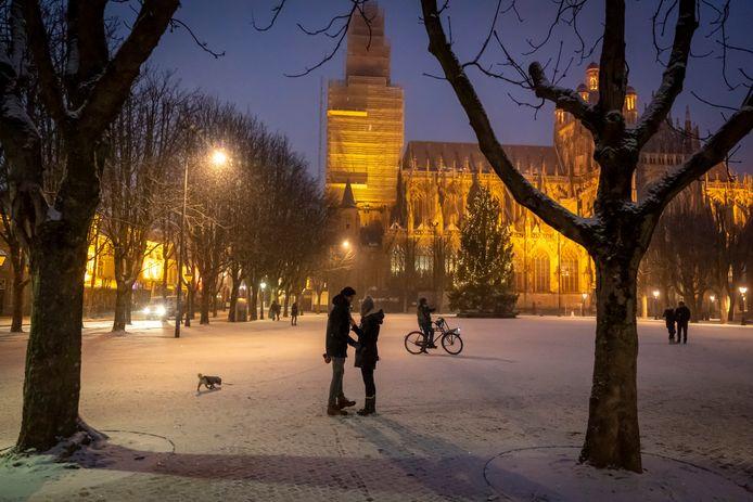 Winters weer op de Parade in Den Bosch. Hoe kouder het buiten is, hoe droger de lucht binnen wordt.