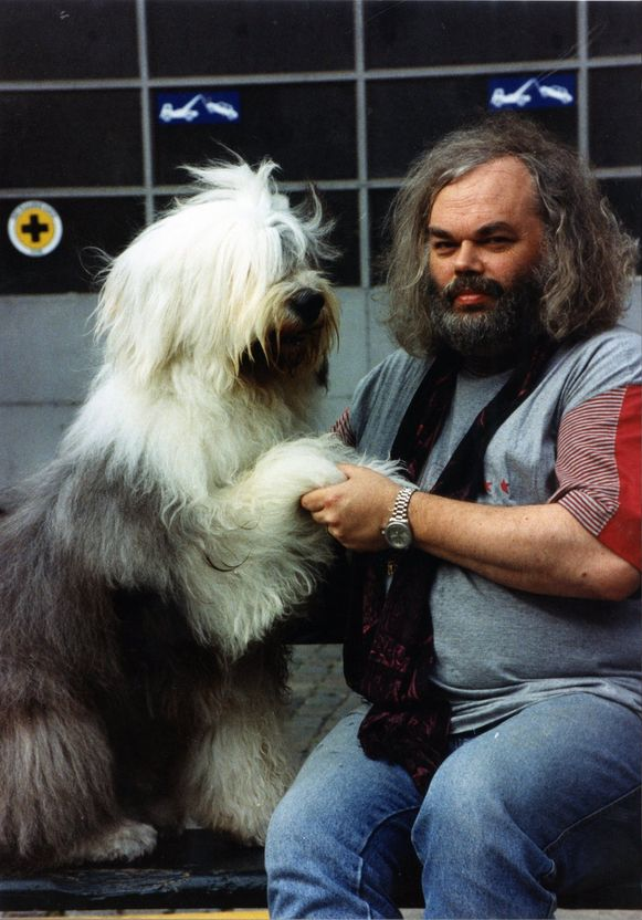 Bert Verhoye en bobtail Boris. Ze haalden in 1994 zelfs CNN.