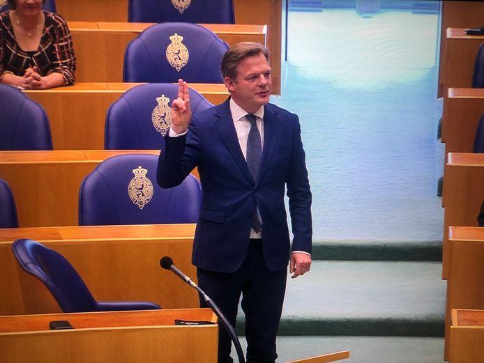 Pieter Omtzigt is opnieuw beëdigd als lid van de Tweede Kamer
