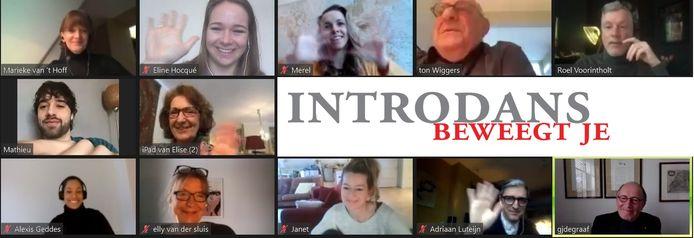 Prinses Margriet (middelste rij, tweede van links) neemt deel aan de videovergadering van Introdans.