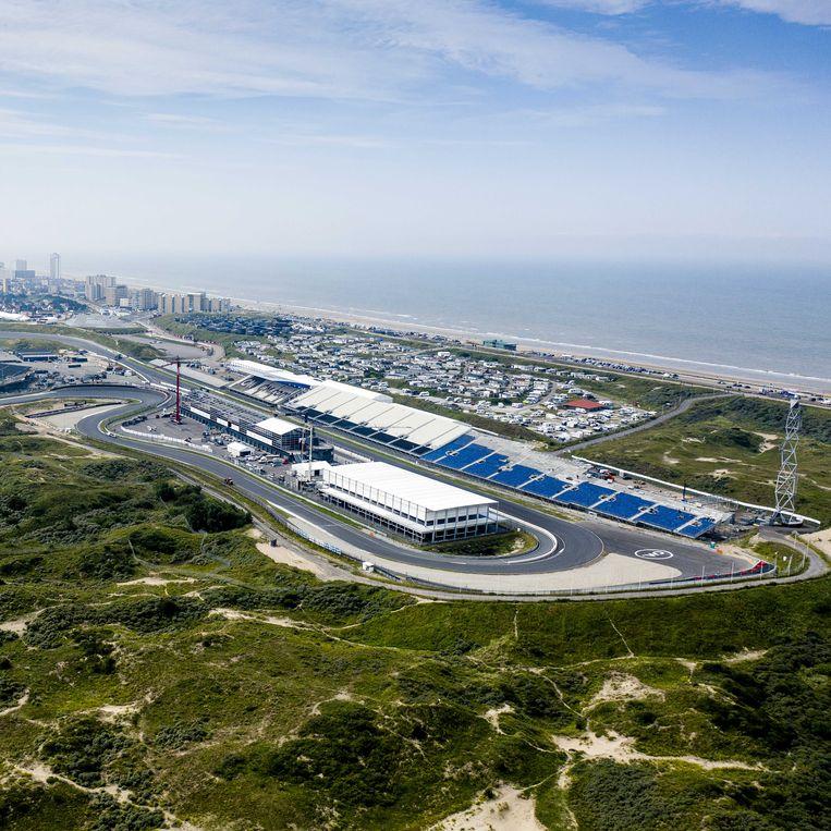 Het Circuit Zandvoort naast Natura-2000 duingebied Kennemerland-Zuid. Begin september wordt op dit circuit de Formule 1-wedstrijd Dutch Grand Prix Zandvoort gereden. Beeld ANP
