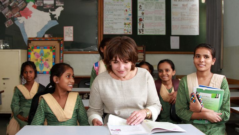 Minister Lilianne Ploumen van Buitenlandse handel en Ontwikkelingssamenwerking tijdens een handelsmissie in India. Beeld anp