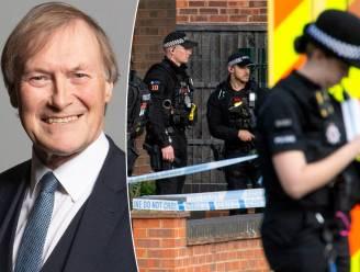 Brits parlementslid (69) overleden na mesaanval in kerk, politie spreekt van terreurdaad