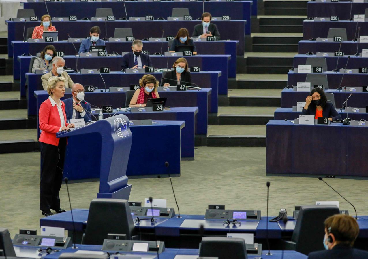 Voorzitter van de Europese Commissie Ursula von der Leyen tijdens een plenaire sessie van het Europees Parlement in Straatsburg.