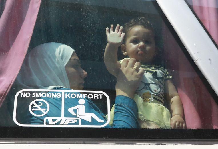 De 30-jarige Umm Luy keerde in september samen met haar dochtertje met de bus terug naar  Syrië nadat ze jaren in Libanon heeft doorgebracht als vluchtelingen.