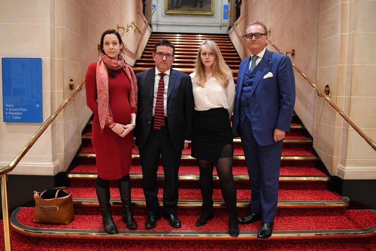 Van links naar rechts: Annunziata Rees Mogg, Lance Forman,  Lucy Harris, en John Longworth, die overstappen naar de Conservatieven.  Beeld AFP