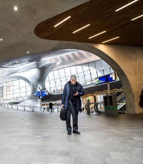 NS gaat reizigers wijzen op snellere trein op lijn Arnhem- Schiphol- Rotterdam