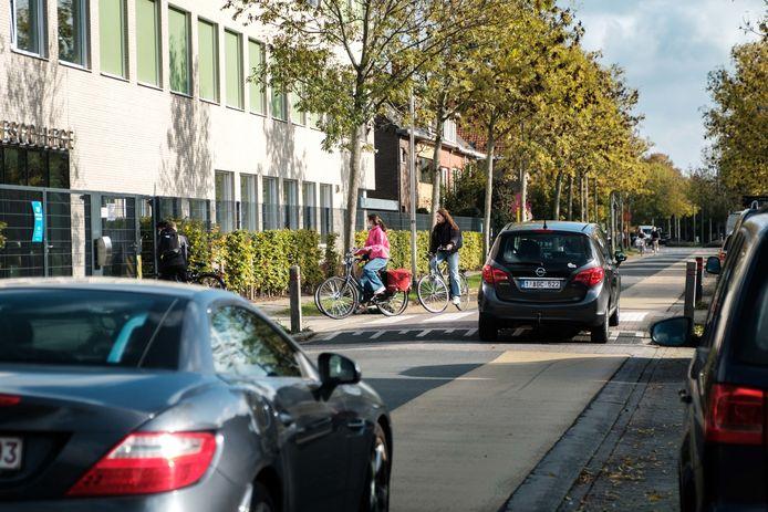 Over één ding is iedereen het eens: het sluipverkeer móet verdwijnen uit de Collegewijk.