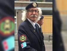 Chris (82) verzorgde voor heel Den Haag belettering, en alles moest met de hand