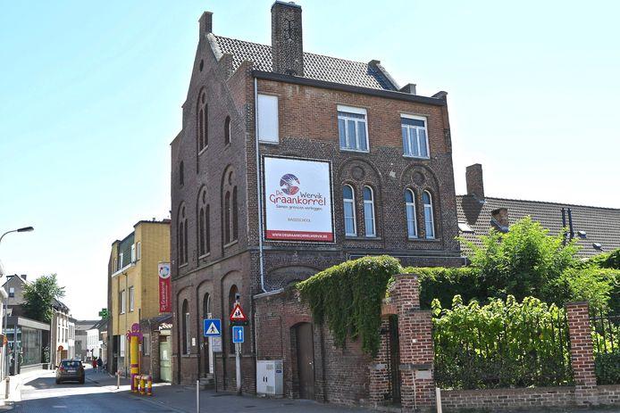 Gewezen huis Broeders Maristen in de Magdalenastraat.