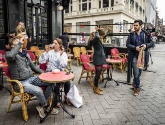 Meer dan 2.800 nieuwe coronagevallen in Nederland, weekgemiddelde blijft wel afnemen