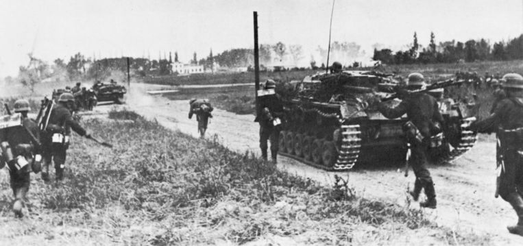 1 september 1939: Duitse troepen rukken op in Polen. Beeld Getty