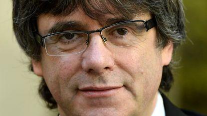 Carles Puigdemont speecht in drankencentrale