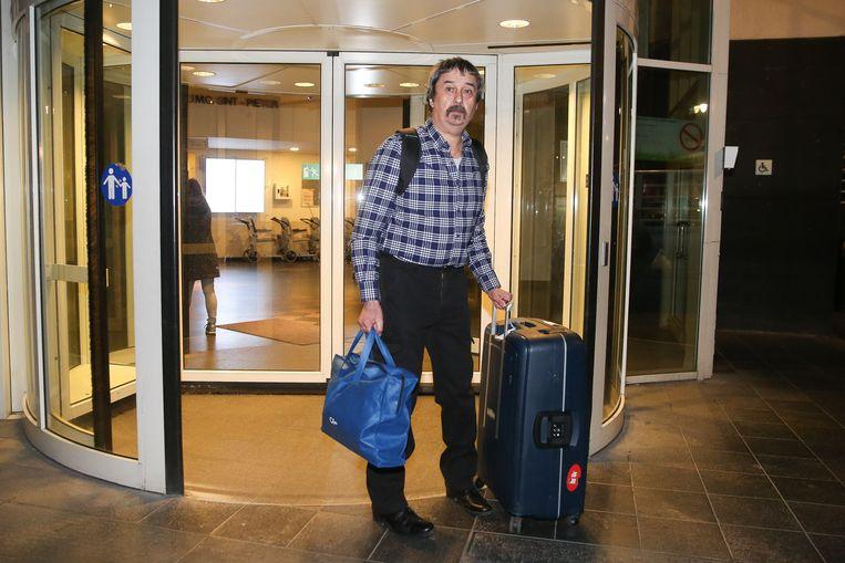 Philip Soubry, het eerste officiële coronageval in België. Marc Van Ranst en andere experts denken nu dat er mogelijk eerdere besmettingen waren. Beeld Photo News