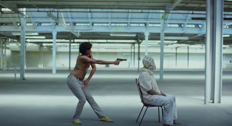 Childish Gambino schopt de VS een geweten met zijn nieuwe clip