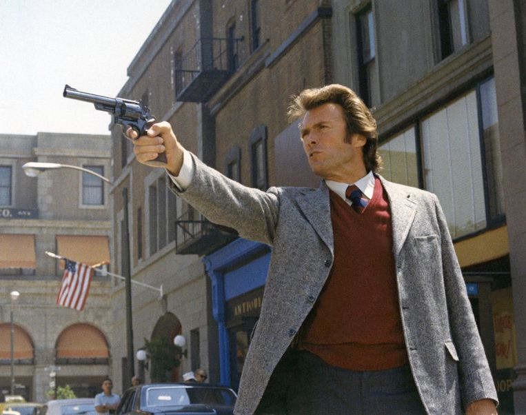 Clint Eastwood in Dirty Harry. Beeld Getty