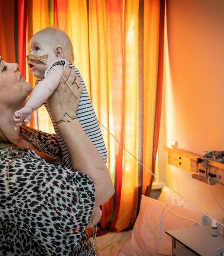 De zoons van Merel (2 maanden en 5 jaar) kregen als eerste baby's in Nederland een donorhart: 'Ze zijn onze wondertjes'