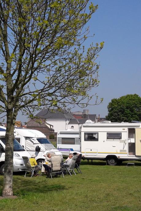 Terneuzen begint zoektocht naar exploitant camperplaats Sas van Gent