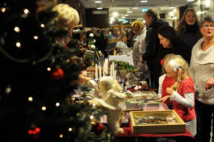 ALMELO - Kerstmarkt in de Stadsboerderij Beeklust. EDITIE: ALMELO FOTO: BERT KAMP BK20131213