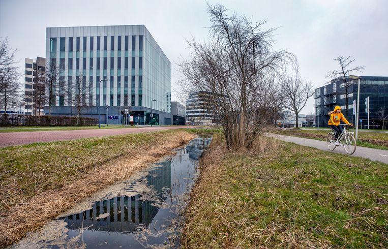 Het gebouw van Halix in Leiden. Beeld Raymond Rutting / de Volkskrant