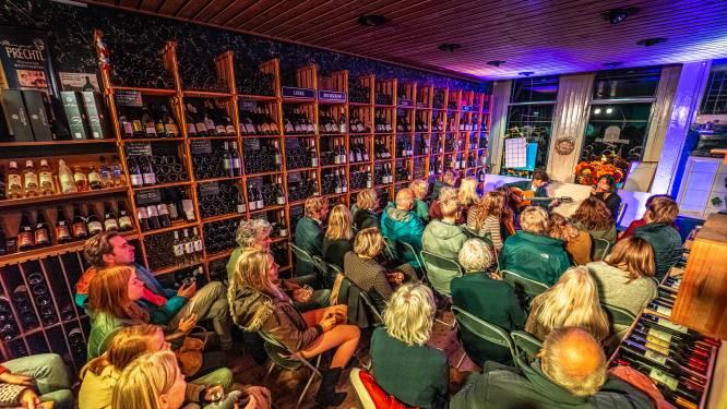 Livemuziek tussen de wijnflessen en ventieldopjes: 'Eindelijk weer een mooi festival voor Zwolle'
