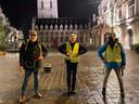 De laatste 20 km. stapten ook burgemeester Bert Ceulemans (rechts) en raadslid Fred De Keyzer (links) met David mee.
