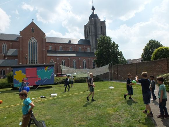 Vele Herenthoutse kinderen zakten op woensdagnamiddag af naar het park achter de kerk