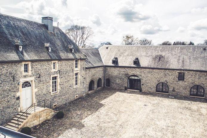 Cour intérieure du Château Grandvoir.