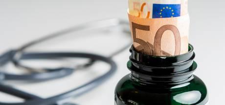 Voltallige Tweede Kamer stemt in met motie om verplicht eigen risico op 385 euro te houden