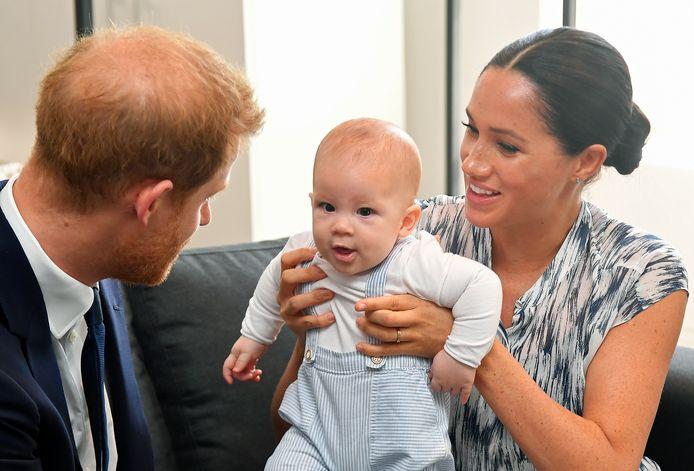 Harry en Meghan met Archie.