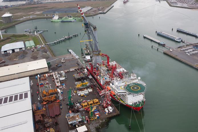 De hoofdvestiging van VDS Staalbouw aan de Westhofhaven in het Sloegebied.