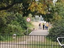 Dode bij schietincident op drukbezocht strand in Amsterdams park