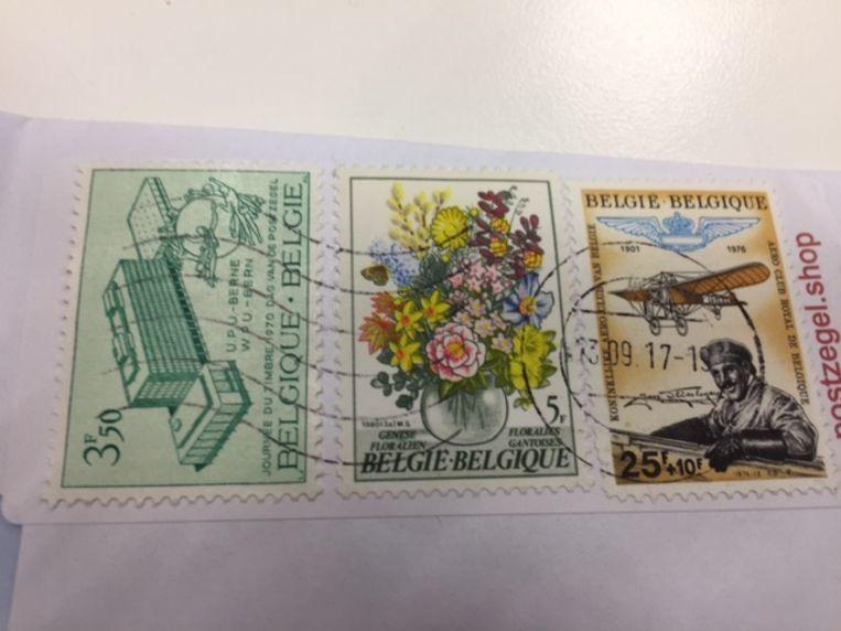 Postzegels uit 1970, 1972 en 1976. Beeld rv