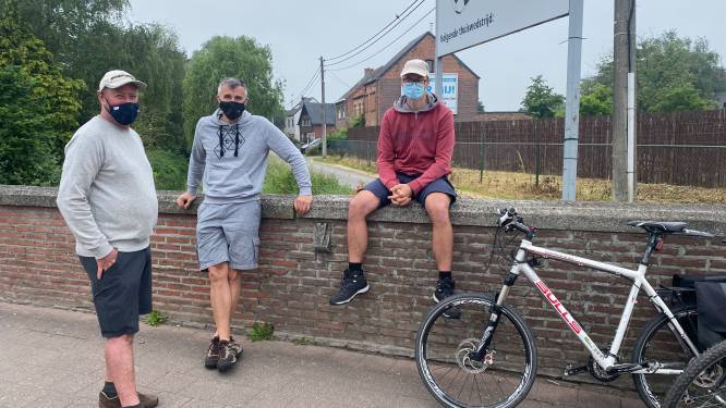 """Trouwe supporters op post voor wielerwedstrijd Duracell Dwars door het Hageland: """"Veel strijd, sterk deelnemersveld en alternatief parcours"""""""