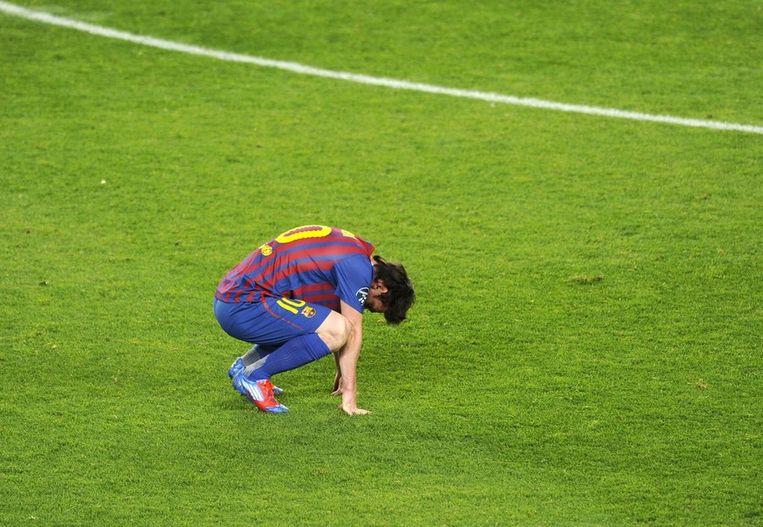 Ook Messi blijkt dan toch slechts een voetballer van vlees en bloed te zijn. Beeld AFP