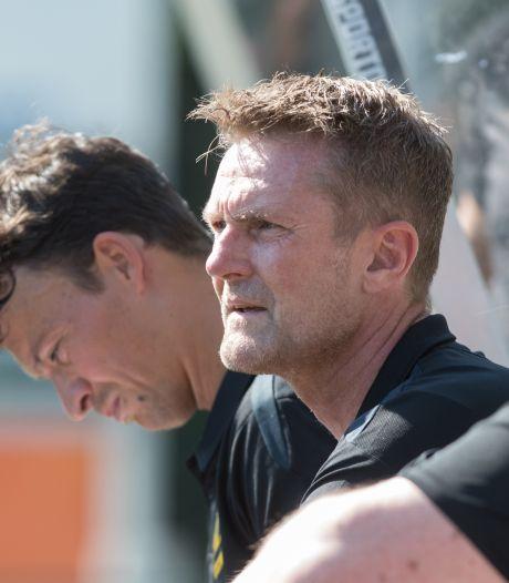 Trainer Peter Wesselink kan wel omgaan met de oplopende druk bij DVS'33