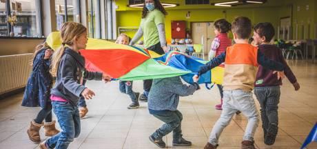 """Kinderen en ouders opgelucht dat paaskampen doorgaan: """"Dankzij kleine groepjes krijgen kinderen hechtere band met hun monitor"""""""