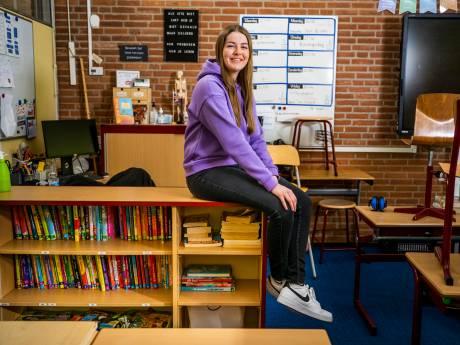 Leerkracht Elise (23) komt uit de kast voor de klas: 'Ben ik een andere juf als ik op vrouwen val?'