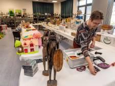 Plots kan paasmarkt in Helwijk niet doorgaan: 'Komt ineens zo'n boa binnenstormen die het afblaast'