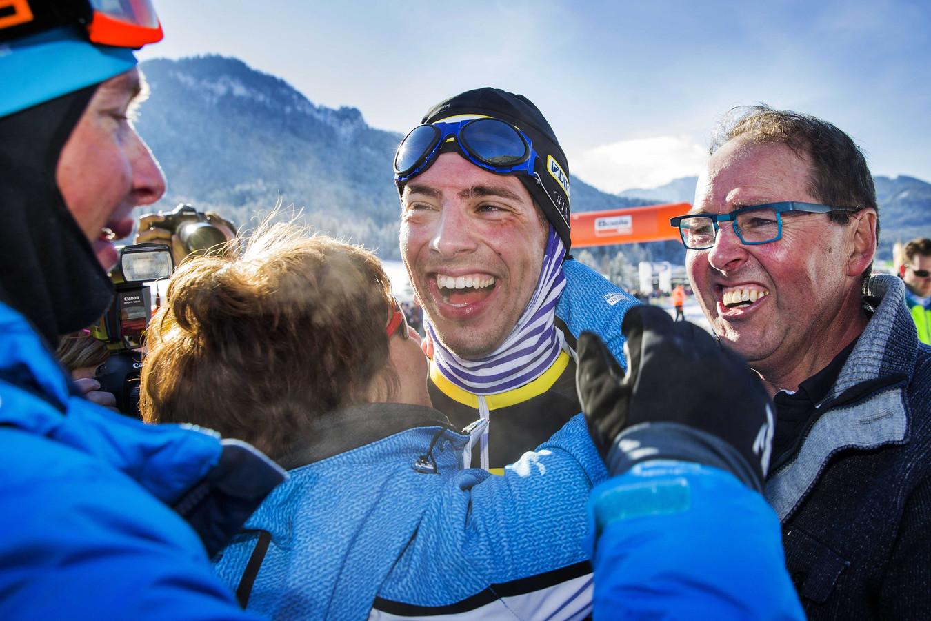 Erwin Mesu was in 2015 de eerste Zeeuw die de Alternatieve Elfstedentocht won. Zijn broer Niels (uiterst links) volgde hem een jaar later op.