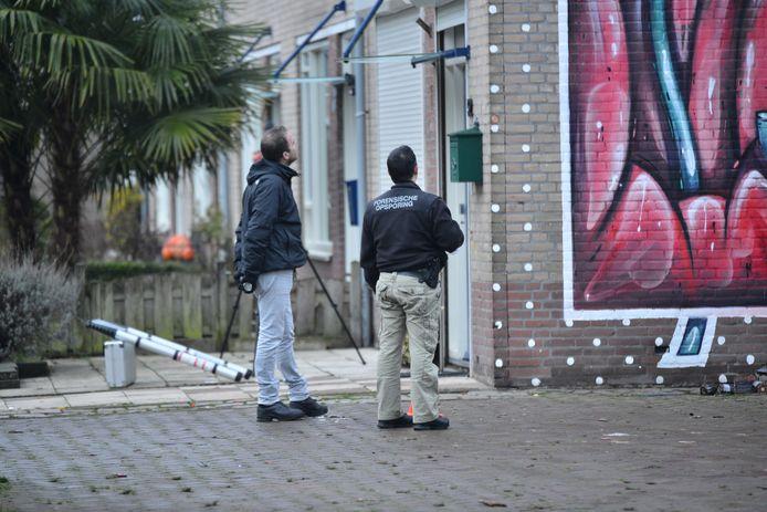 Politie verricht onderzoek naar de schietpartij.